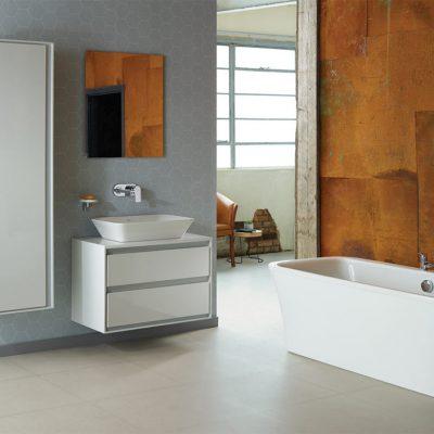 Vane, sprchové kúty a vaničky, podlahové žľaby Ideal Standard